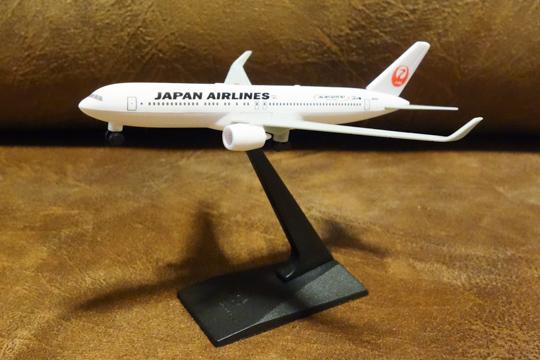 飛行機の組立モデル